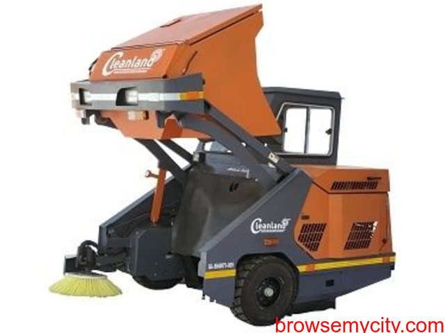 Big on Saving Sweeping Machine with Operator - 3/4