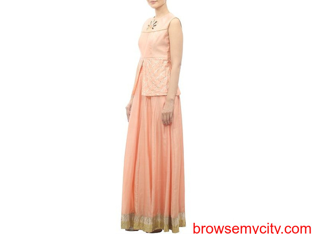 Classy & Traditional Lehengas At TheHLabel: Shop Now! - 1/2
