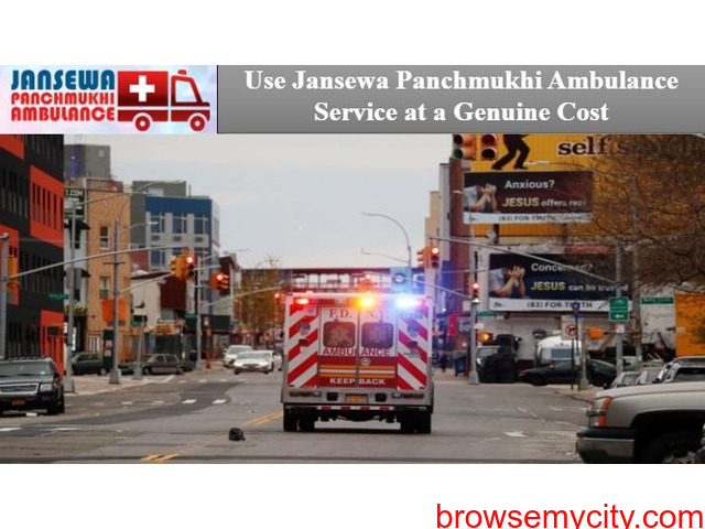 Utilize Road Ambulance in Daud Nagar with Superb Medical Features - 1/1