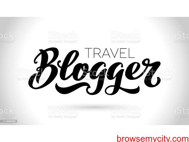 travel blogger - 1/2