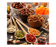 Gift yourself dry fruit gift hampers with RMC Foods