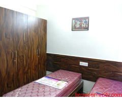 1RK Furnished Sector 14 Signaturwe tower Gurgaon 9899540456