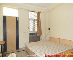 1RK Furnished Sector 14 Metro Stn Gurgaon 9899540456