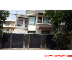 2bhk in Sector 17 Near to Signature tower Gurgaon 9899540456