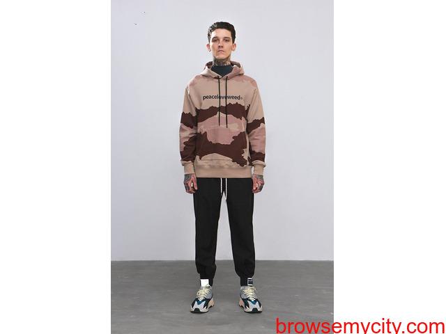 Low Moq Clothing Manufacturer - 1/2