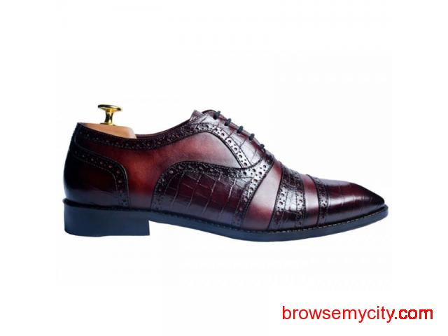 Buy Men Leather Loafers Online - 1/6