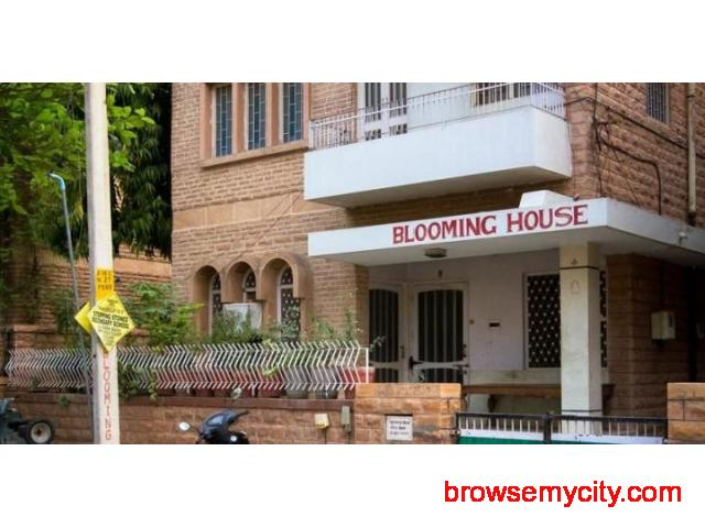 Get Bloominghouse Homestay in,Jodhpur with Class Accommodation. - 1/4