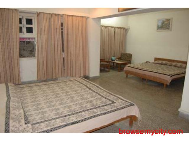 Get Hotel Sarovar (RTDC) in,Pushkar with Class Accommodation. - 3/4