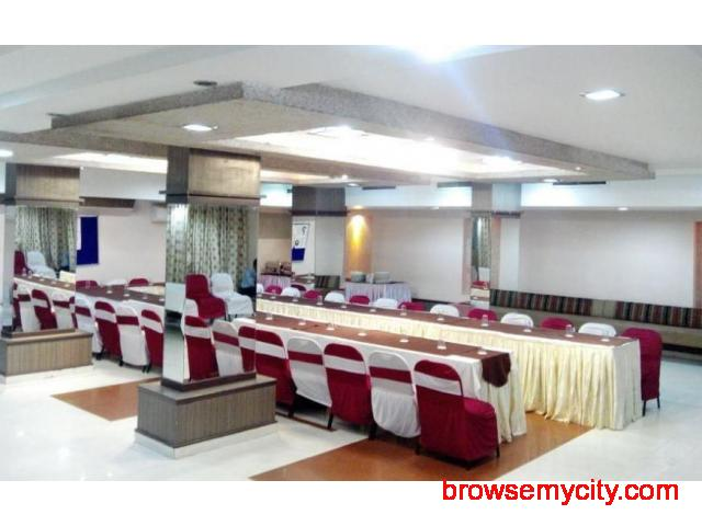Get Hotel Nalanda in,Ahmedabad with Class Accommodation. - 4/4