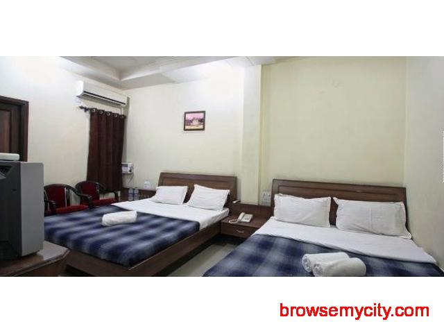 Get Hotel Sakhi Inn in,Amritsar with Class Accommodation. - 2/3