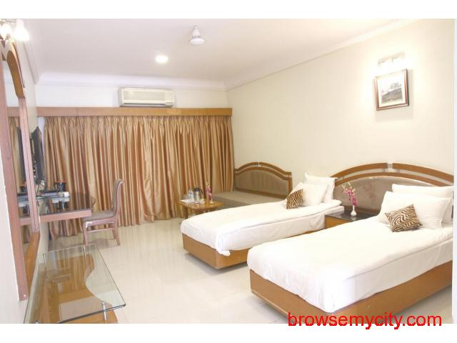 Get Aurangabad Gymkhana Club in,Aurangabad with Class Accommodation. - 3/4