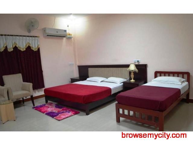 Get Hotel Mayura Chalukya (KSTDC) in,Badami with Class Accommodation. - 2/4