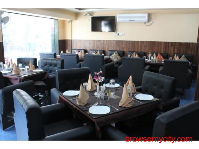 Get Hotel Rajhans International in,Bhagalpur with Class Accommodation. - 4/4