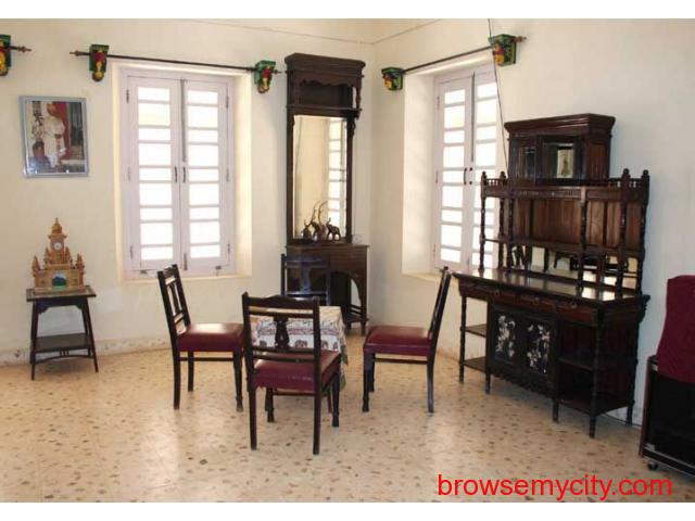 Get Gopnath Bungalow in,Bhavnagar with Class Accommodation. - 4/4