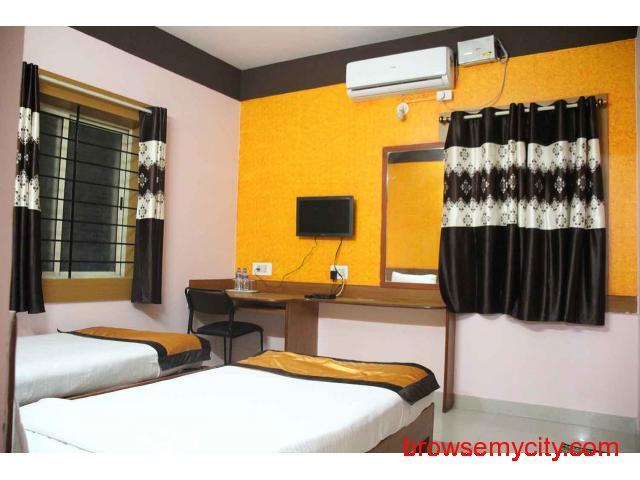 Hotels near International Airport Bangalore - 2/5