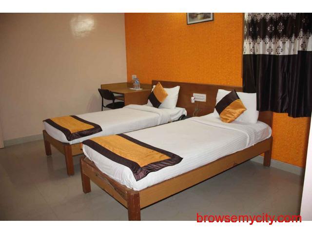 Hotels near International Airport Bangalore - 3/5