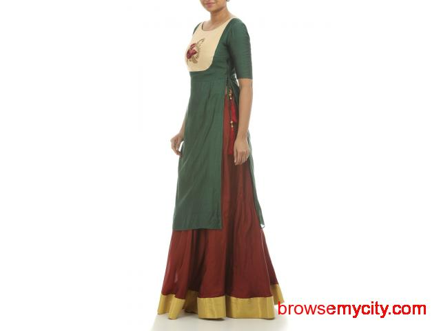 Look Graceful In Embroidered Lehengas From Thehlabel - 1/1