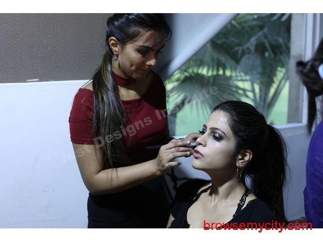 Makeup Institute In Noida - 1/3