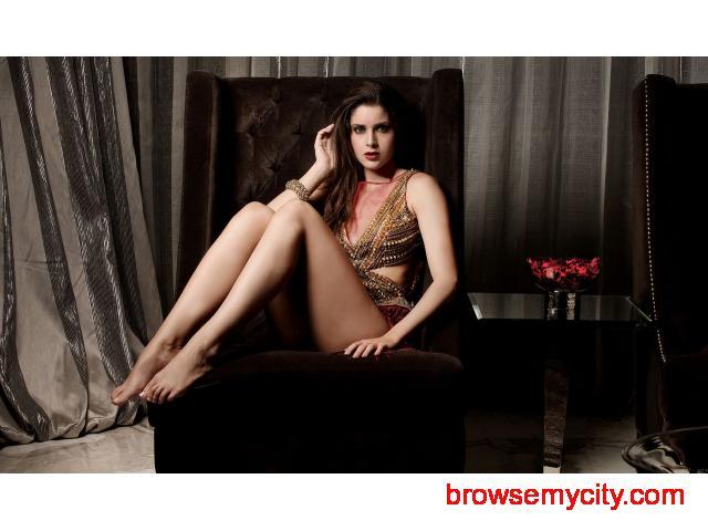Lense View Studio Fashion, Portfolio & Advertising photographer in Mumbai - 4/6
